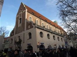 Bavorsko po stopách Wittelsbachů a Mnichov 2021  Německo - Mnichov, jezuitský kostel sv.Michala, 1585-89