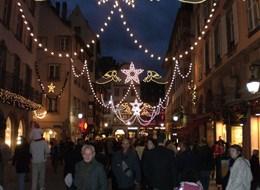 Advent v Alsasku - zimní pohádka nejen o víně a středověký trh 2020 Bavorsko Francie - Alsasko - v čase adventu září ulice světly
