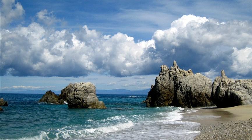 prodej zájezdů na rok 2022 zahájen Itálie - Kalábrie - překrásné pobřeží u Capo Spulico
