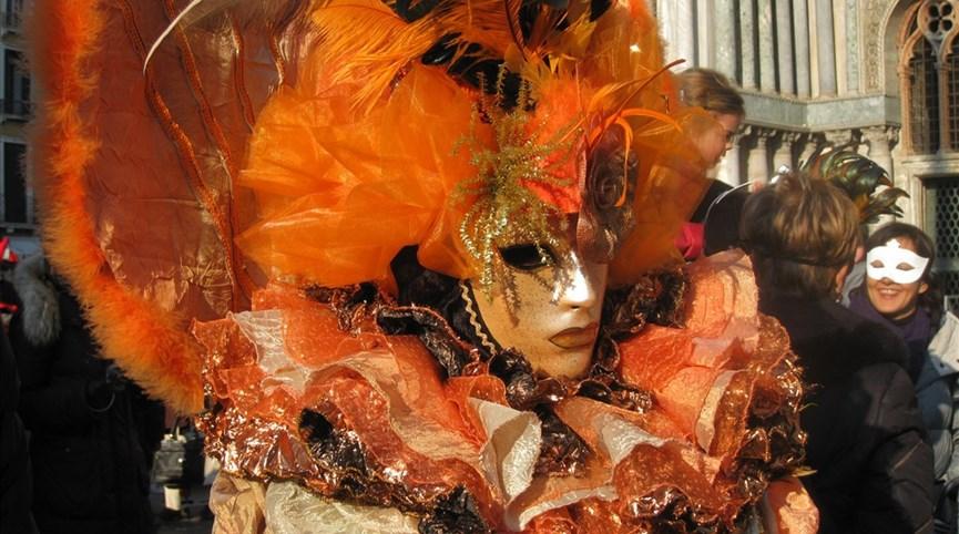 Benátky na Valentýna, karneval a ostrovy - tam bez nočního přejezdu 2021  Itálie - Benátky - festival plný masek a exotiky