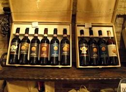tálie - Toskánsko - Montepulciano, zdejší vynikají vína oblasti Chianti mají chuť slunce i nebe