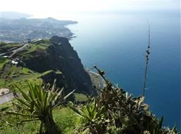 Madeira, turistika na ostrově věčného jara 2021  Portugalsko - Madeira - Cabo Girao, nejvyšší evropský útes, 590 m vysoký