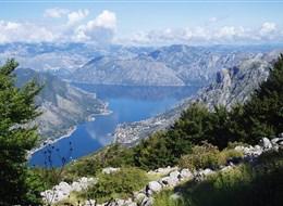 Černá hora - Boka Kotorská má charakter severského fjordu