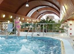 Maďarsko - Harkány - termální lázně s bazény a vířivkami