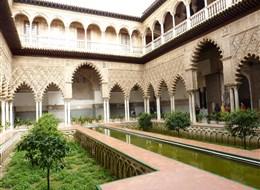 Andalusie, památky UNESCO a přírodní parky 2021  Španělsko - Andalusie -  Sevilla, Alcazár, Patio de las Doncellas