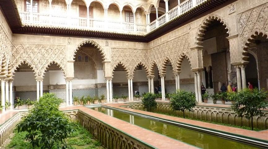 Andalusie, památky UNESCO a přírodní parky Španělsko - Andalusie -  Sevilla, Alcazár, Patio de las Doncellas
