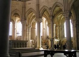 Francie - Vézelay - Ste.Madeleine, raně gotický chór