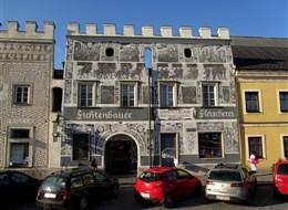 Maková slavnost a perličky kraje Waldviertel 2020 Dolní Rakousko Rakousko - Gmünd - náměstí s renesančními domy