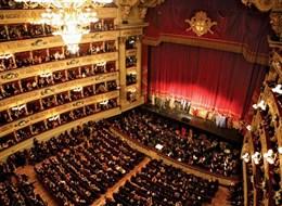 Milano a opera v La Scale a Leonardo da Vinci 2020  Itálie - Milán - La Scala, otevřeno roku 1776