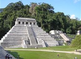 Mexiko, bájná země Mayů, Aztéků a kouzelné přírody 2020  Mexiko - Palenque, Chrám nápisů, v něm zachovaný 2.nejdelší vytesaný mayský text