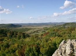 Maďarsko - NP Balatonská vrchovina v okolí Aranyházy