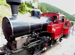 Nostalgický víkend v Solné komoře s párou 2021 Alpy Rakousko -  ozubnicová dráha na Schafberg, historická mašinka.