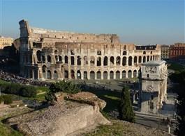 Řím, Capri, Neapol, Pompeje, Amalfi s koupáním 2021  Itálie - Řím - Kolosseum a Konstantinův vítězný oblouk