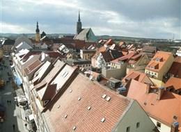 Adventní Bautzen 2020 Vratislav Německo - Lužice - Budyšín, pohled z Bohata wěža, uprostřed dóm S.Petri