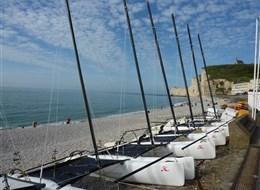 Francie - Normandie -  Étrétat, poslední rybář odsud vyplul 1990
