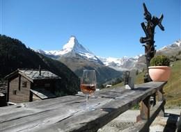 Ochutnávka Švýcarska s termály a turistikou 2020 Curych Švýcarsko - na trase Gourmetweg lze kombinovat výhledy, víno, dobrou krmi i krásnou přírodu do lahodného kokteilu zážitků