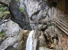 Rakouské soutěsky, kaňony a vodopády 2020  Rakousko - Medvědí soutěska, skály a voda