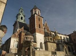 Velikonoční Krakov, město králů, Vělička a památky UNESCO 2021  Polsko - Krakov - Wawel, Polsko - Krakow - katedrála původně románská, 1320-64 goticky přestavěna, později barokizována