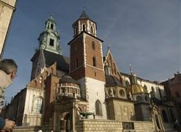 Krakov, město králů, Vělička a památky UNESCO 2020 Krakov Polsko - Krakov - Wawel, Polsko - Krakow - katedrála původně románská, 1320-64 goticky přestavěna, později barokizována