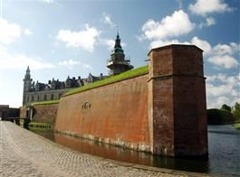 Dánsko, ráj ostrovů a gurmánů, do metropole Kodaň jedna cesta letecky 2021  Švédsko - Kronborg, Würtembergovy šance, 1690