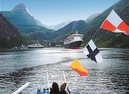 Norské fjordy 2020  Norsko - až hluboko do fjordu Geiranger mohou vjíždět velké zaoceánské lodě