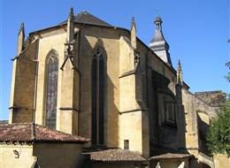 Francie - Akvitánie - Sarlat la Caneda, apsida katedrály
