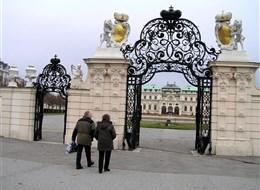 Rakousko - Vídeň- vstupní brána do Horního Belvederu