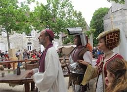 Francie - Champagne - Provins, slavnost Medievales, na rok 2017 se chystá již 34.ročník slavností (foto D.Vavrušková)