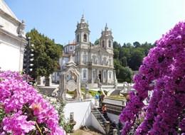 Porto, víno, památky a řeka Douro 2020 Portugalsko Portugalsko - Braga, Bom Jesus do Monte, poutní kostel Bom Jesus, kol 1725, architekt M.P.Vilalobos