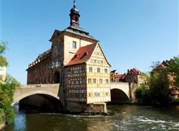 Lázeňský trojúhelník, Francké Švýcarsko a Smrčiny 2020 Jižní Morava a Podyjí Německo - Bamberg, radnice, 1461-7 na místě starší budovy