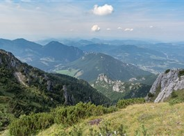 Malá Fatra, Vratná dolina a historická Žilina vlakem 2020  Slovensko - Malá Fatra - z hřebene Malé Fatry se otevírají nádherné výhledy (foto Michal Trnka)