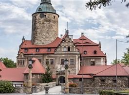 Hrady, zámky a zahrady polského Slezska 2020  Polsko - hrad Czocha, dal postavit 1241-7 český král Václav I. k ochraně Lužice, tehdy součásti českého království (foto J.Novotná)