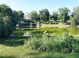 Burgenlandsko, termální lázně, víno a Římský festival 2020  Burgenlandsko - Eisenstadt, park zámku Esterházy