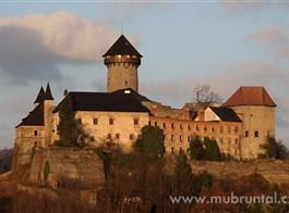 Bruntálsko a Slezská Harta, toulky krajinou břidlice a sopečných památek 2021  Česká republika - Bruntálsko - hrad Sovinec (MIC Bruntál)