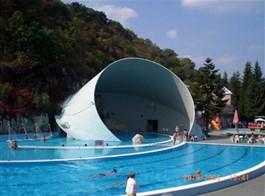 Eger, Tokaj, Budapešť, termály a víno 2021  Maďarsko, Miskols-Tapolca, venkovní bazény termálního koupaliště