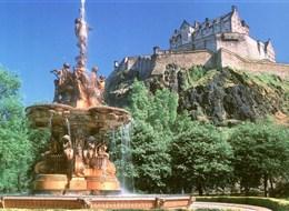 Velká Británie - Anglie, Skotsko, Wales autobusem 2020 Skotsko (UK) Skotsko, Edinburg, hrad