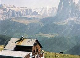 Marmolada, královna Dolomit 2020 Tyrolsko Itálie, Dolomity, Marmolada
