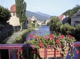 Alsasko,Schwarzwald, Vogézy, zážitky na vinné stezce 2021  Francie -  Alsasko - městečko Thann