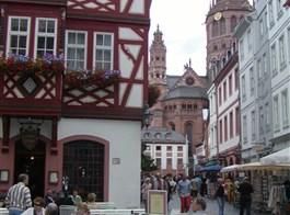 Hrady, katedrály a města Mosely a Porýní s lodí 2020  Německo, Speyer