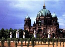 Adventní Berlín a galerie 2021 Berlín Německo, Berlín, Frauenkirche