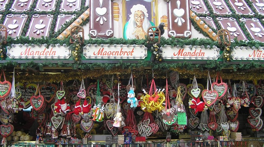 Advent ve středověkých městech Německa a zdobené kašny 2021  Německo -  Rothenburg - kouzlo adventů a tušení dárků