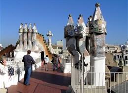 Barcelona a Montserrat s pobytem u moře 2020 Barcelona Španělsko - Barcelona - Casa Batlló, autor Antoni Gaudí, jedna z perel světové moderní architektury