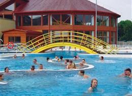 Maďarsko, Zalakaros - venkovní bazény termálních lázní